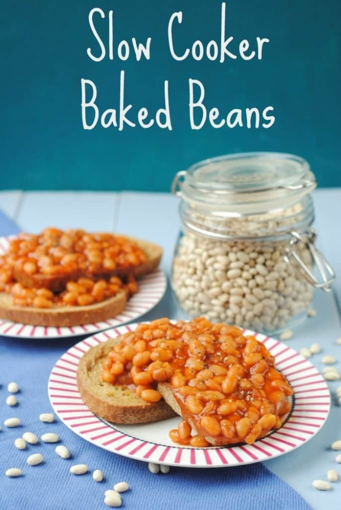 Slow Cooker Baked Beans title