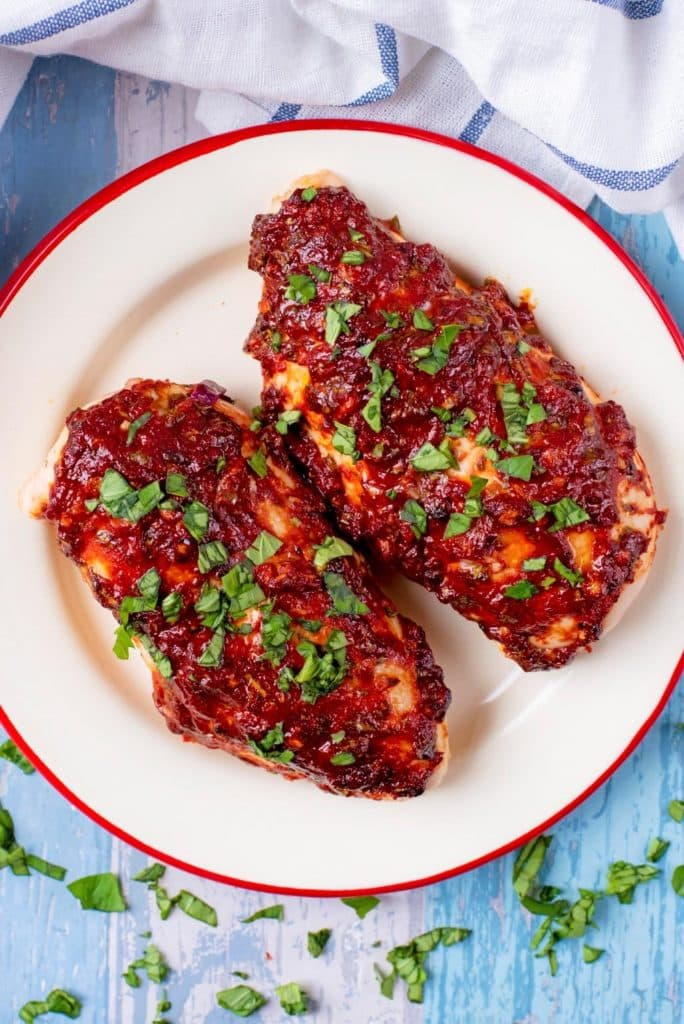 Cooked Chicken with Tomato, Chili and Basil Marinade