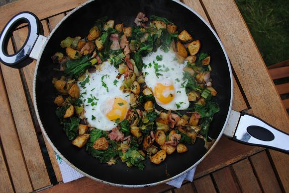 Breakfast Hash in a large frying pan sat on a table