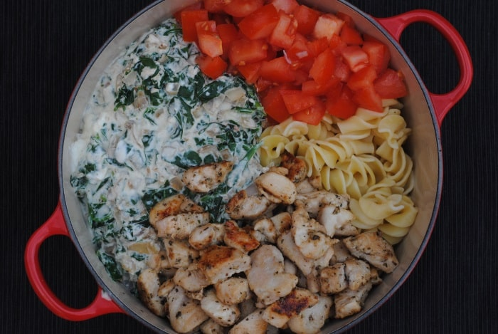 Creamy Chicken Spinach Pasta 3