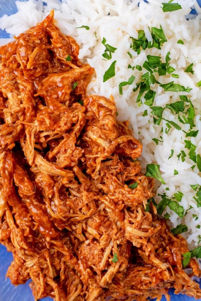 Shredded barbecue chicken with herb rice