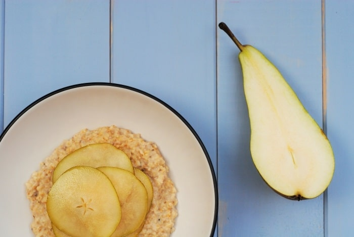 Vanilla Chia Oats with Maple Pears 1