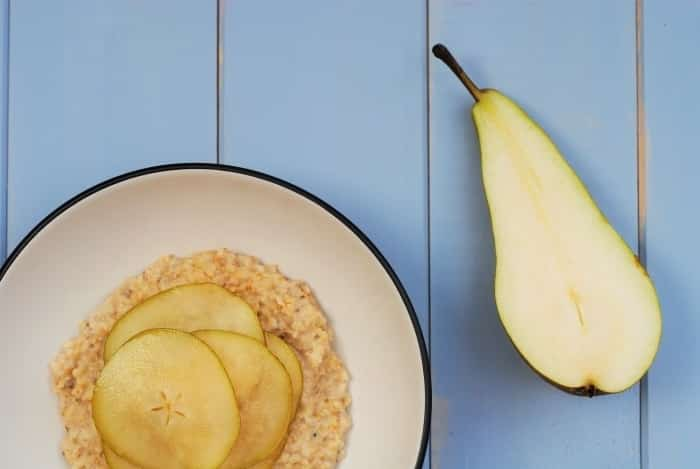 Vanilla-Chia-Oats-with-Maple-Pears-1