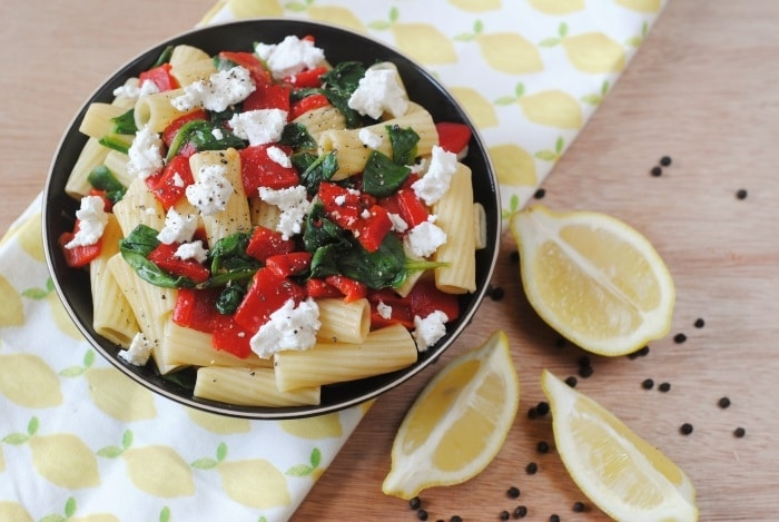 Roasted Red Pepper, Spinach and Goats Cheese Pasta 4