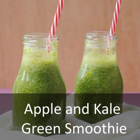 Apple and Kale Green Smoothie Featured