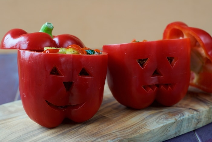 halloween-stuffed-peppers-5
