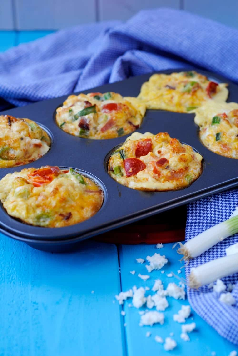 Feta, Bacon and Tomato Breakfast Egg Muffins - Hungry ...