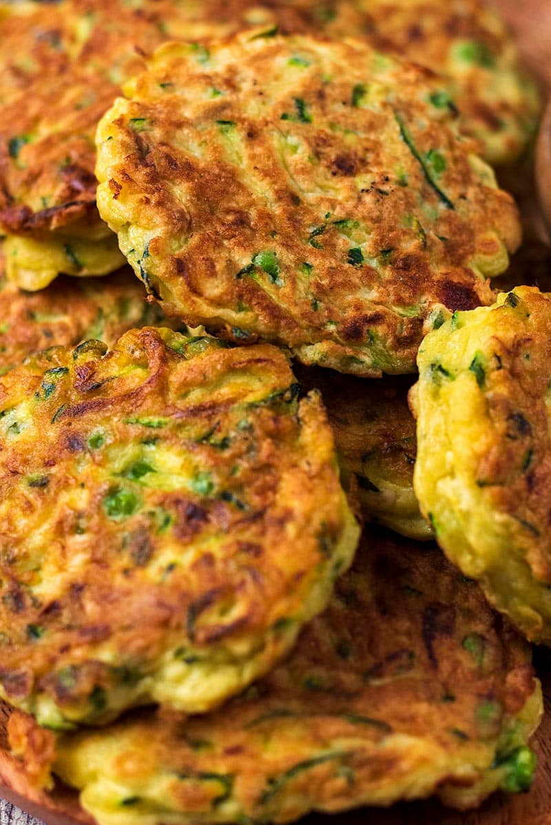 A pile of cooked courgette fritters