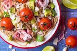 Avocado, Lime and Tomato Spaghetti