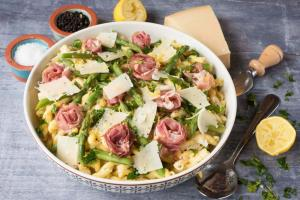 Lemon Asparagus and Prosciutto Pasta