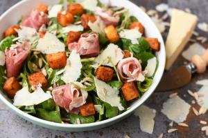 Roasted Butternut Squash Prosciutto Salad