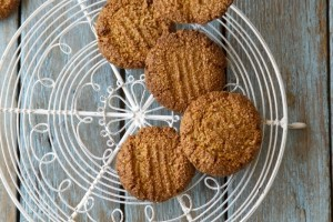Healthy Gingernut Biscuits